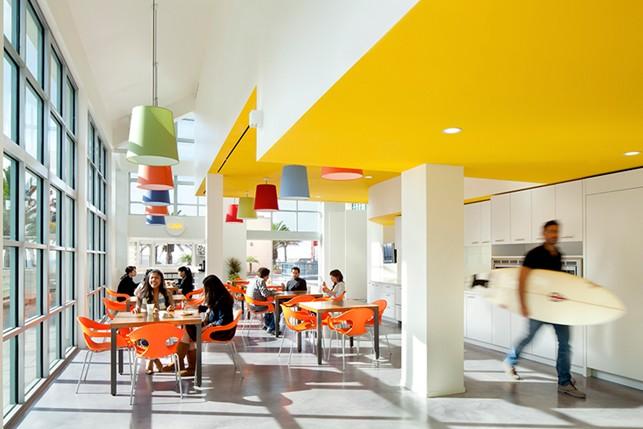 Os efeitos do uso de cores na decoração corporativa | Casa 3 Arquitetura